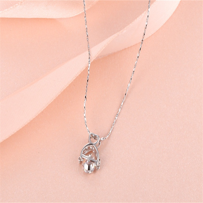 Japanese and Korean geometric alloy jewelry chain Simple fashion wild pendant Bounce dance stone necklace hot sale