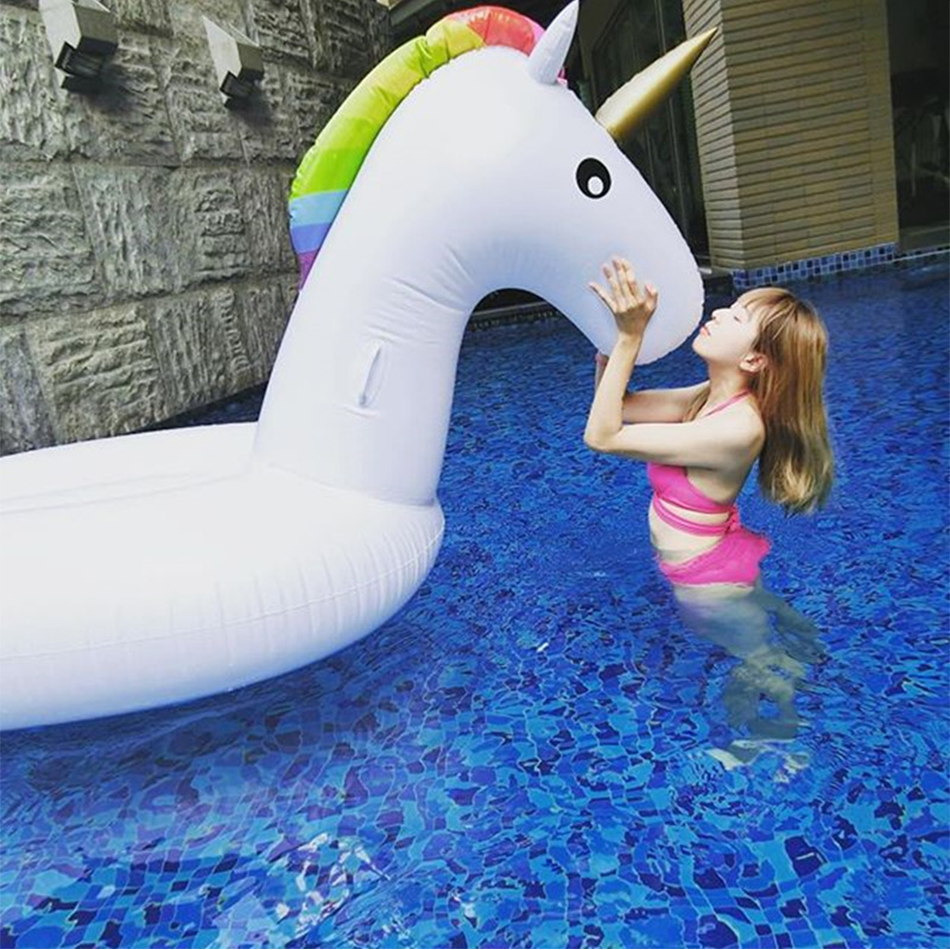 270cm 106 inch Swimming Pool Inflatable Island Giant Inflatable Unicorn Pool Float Lie on Air Mattress Beach Water Fun toys
