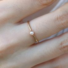 Luxury Women Mini Simulated Pearl Ring Small Thin Rings Gold Color Crown For Wedding Slim anillos mujer D30