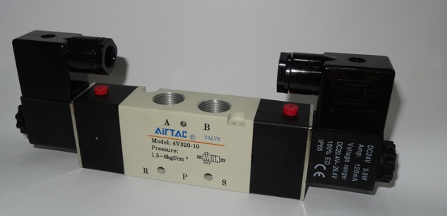 где купить  AirTac new original authentic solenoid valve 4M320-10 DC24V  дешево