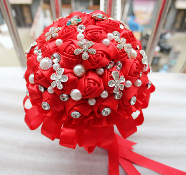 Red hand bouquets of flowers ribbon diamond bright red bouquet to ...