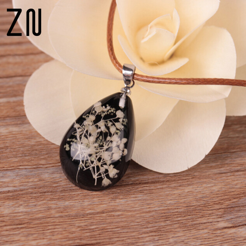 1Pcs New Arrivals Glow In The Dark Jewelry Glowing Transparent Drip Dry Flower Necklace for Women Girl