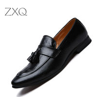 Handmade Soft Leather Men Shoes Casual Brand Men Loafers Fashion Breathable Driving Shoes Slip On Tassel Men Shoes