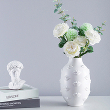 Modern black and white Lip Printing Ceramic Vase Creative Hydroponic dried flower container tabletop Vases Crafts home decoratio