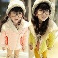 O envio gratuito de Inverno novo da menina lã de carneiro grande lapela XieJin zíper de algodão acolchoado roupas crianças jaqueta