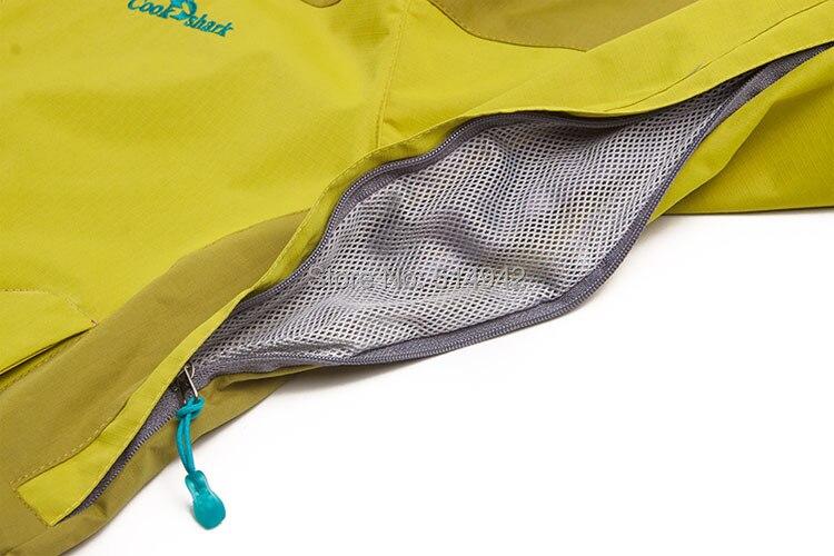 e56b238bb3c Dropshipping hot sale Female Waterproof Jacket Windbreaker Warm Breathable  Windproof Sport Outdoor Coat climbing jacket women-in Hiking Jackets from  Sports ...