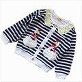 Oferta especial! 2014 otoño Coreana caliente bordado de la calidad de punto de algodón chaqueta de ropa para niños de Little Swan