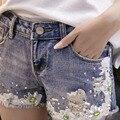 2016 Mulheres Marca de Moda Rasgado Beading Floral Mulheres Shorts Jeans Denim Shorts Sexy Hot Shorts Jeans Mulher Azul A002