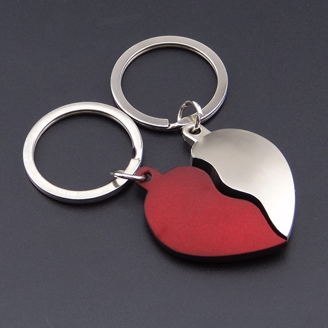 Valentine s Day gift Couple heart-shaped Key to Keychain Favors Wedding  Souvenirs men and women Red silver key ring Gifts YS0225 764829b7b2