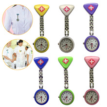 цены на Clip Nurse Doctor Pendant Pocket Quartz Red Cross Brooch Nurses Watch Fob Hanging Medical Watches Fob в интернет-магазинах