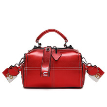 2019 new leather fashion women's bags  Europe and the United States shoulder bag slung soft leather portable pillow bag