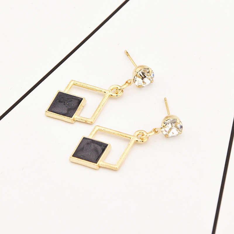 Hot New Fashion Hollow Geometric Quadrilateral Dangling Long Statement Drop Earrings For Women Crystal Jewelry Wholesale 2018