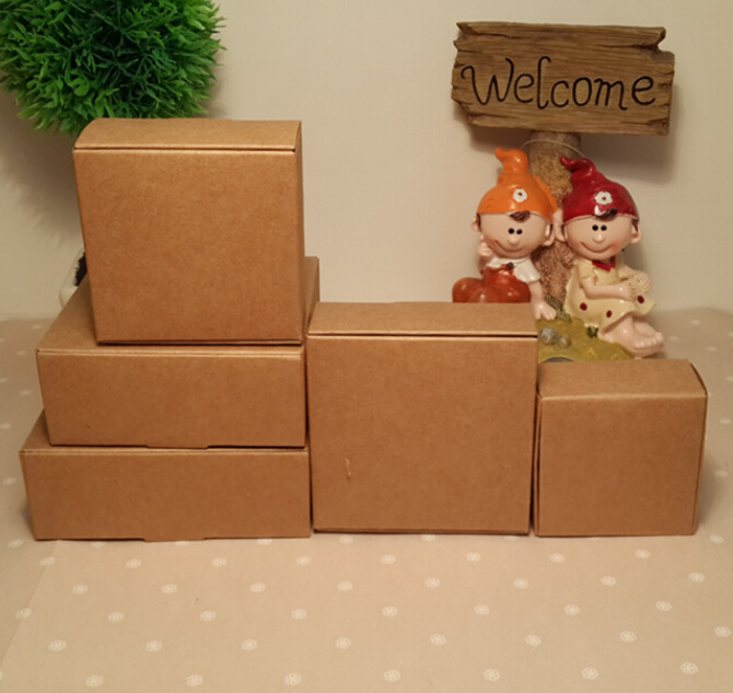 fad78fb48c1 Size  8.5 7.5 3cm Brown Kraft Paper Packing Box
