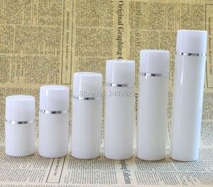Image 1 - 30ml 50ml 80ml 100ml plastik havasız şişe gümüş çizgi ile boş kozmetik kapları beyaz kap kozmetik ambalaj 10 adet/grup
