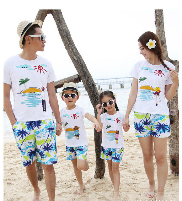Family Matching Outfits Fashion Summer Beach Clothes Dad Mom Kids Cotton Short Sleeves T shirt & Pants Sunny Coconut Tree SA1302