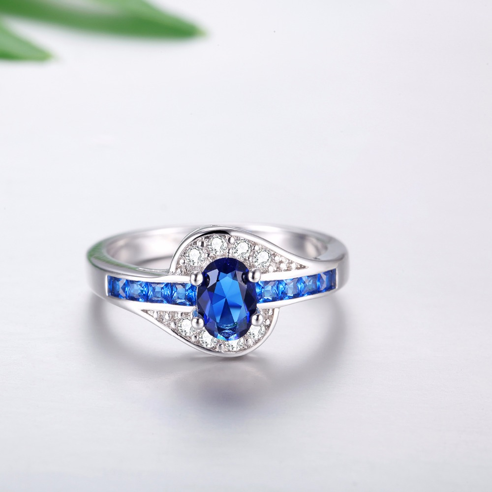 STUNNING THIN BLUE LINE OVAL WOMEN'S RING 4