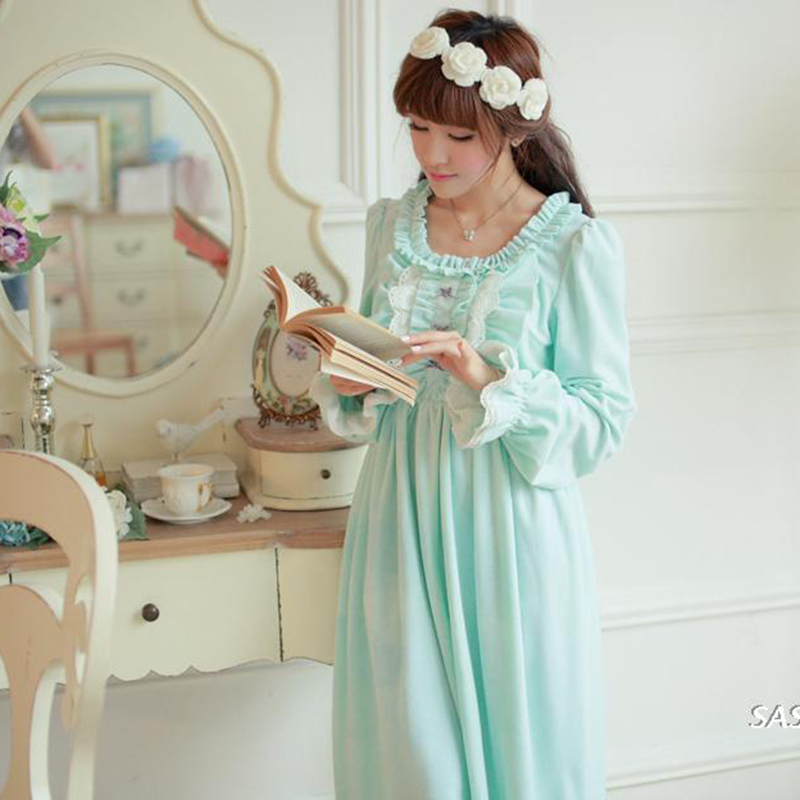 Winter Vintage Princess Sleeping Dress Long-Sleeved Women Sleepwear Warm Crystal Velvet  ...