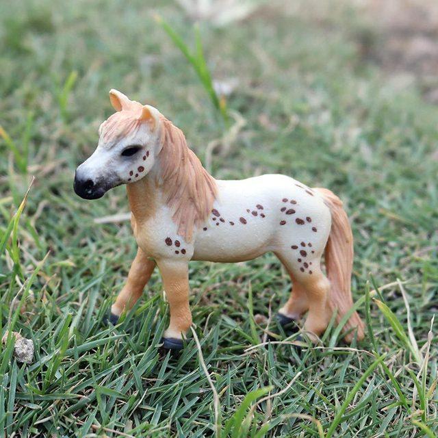 Bubles pintados a mano para pared modelo de Pony simulación sólida juguetes para niños 16 caballos opcionales Caballo Blanco caballo de pura raza Caballo Negro