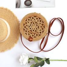 2019 Bohemian Rattan Woven Shoulder Bags For Women Retro Knitting Straw Round Shoulder Bag Summer Beach Style Crossbody Handbags