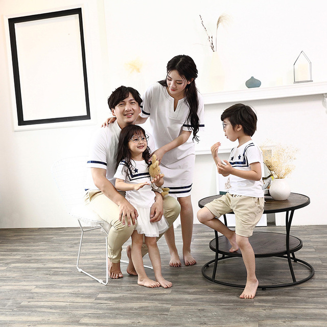 2018 new Summer Family Matching Outfits Mother Dresses Daughter Dress Father Son Boys Short T-Shirt Vacation Beach Clothing