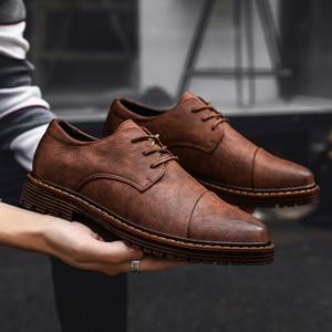 Image 4 - 2019 Herfst Nieuwe Mannen Schoenen Klassieke Mannen Jurk Schoenen Lederen Bruiloft Schoenen Mannen Formele Flats Business Sneakers