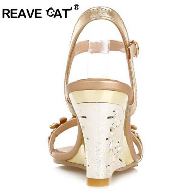 f169ae1c27063 Online Shop REAVE CAT New arrival Glittering Fashion Fretwork Heels Wedges  sandals Rhinestone Silver Gold Summer sandals Sexy Sale QL4277