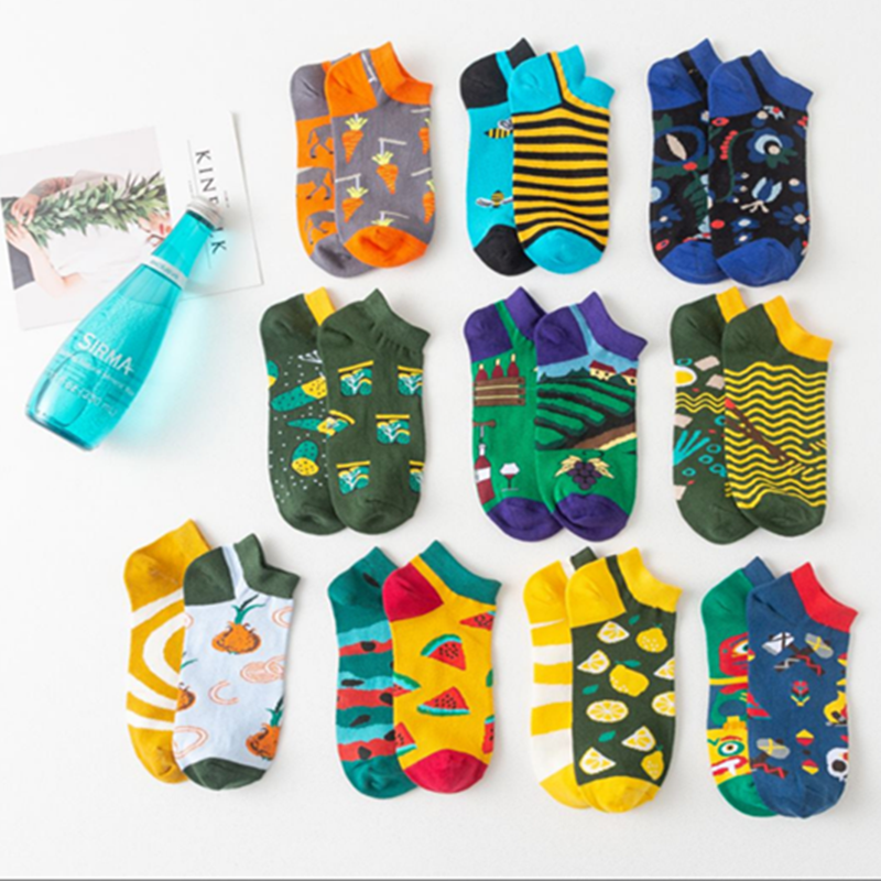 2019 New Summer Unisex Candy Color Creative Cute Embroidery Expression Boat Socks Fashion Cotton Breathable Ankle Socks