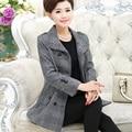 Outono e inverno novas mulheres no longo parágrafo de meia-idade mãe equipada suéter suéter grosso casaco de lã
