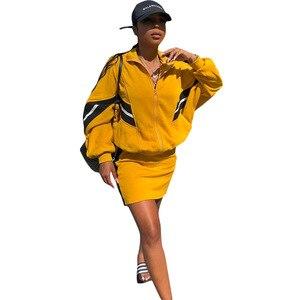 Image 1 - Frauen 2 Stück Set Patchwork Frauen Trainingsanzug Zipper Langarm Lose Bomber Jacke Cropped Top Und Bodycon Mini Rock Streetwear