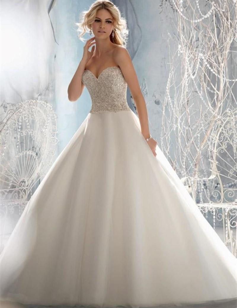 Livraison Gratuite Robe De Bal Sweetheart avec Délicat Cristal Broderie Perlée sur Tulle Robes De Mariée Robe De Mariée