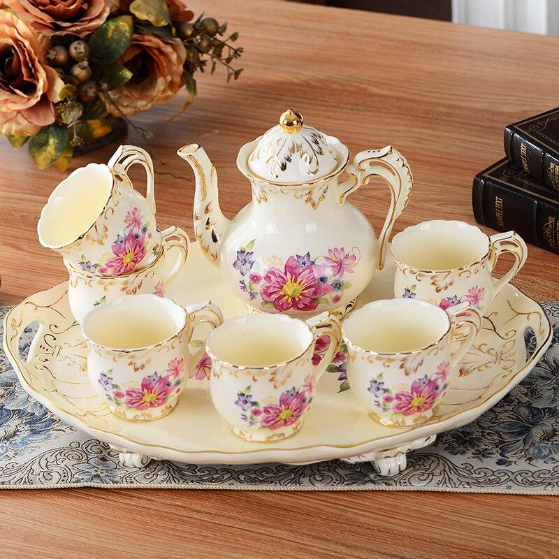 Ensemble de thé en céramique chinoise européenne Royal amant Couple tasse à thé en porcelaine avancée pour cadeau (6 tasse 1 pot 1 plateau)