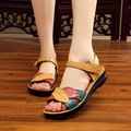 2017 summer new mother sandals soft bottom anti-skid flat with middle-aged fashion sandals flat comfortable women's shoes 35 41
