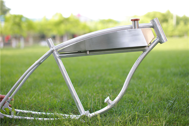 26inch Fuel Tank Aluminum Alloy Frame / Fuel Bicycle Frame / American Fuel Bicycle Aluminum Alloy Frame Retro Frame26inch Fuel Tank Aluminum Alloy Frame / Fuel Bicycle Frame / American Fuel Bicycle Aluminum Alloy Frame Retro Frame