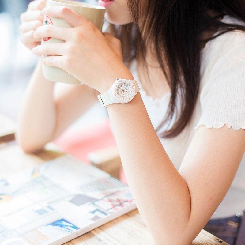 Casio Часы спортивные серии белый минималистский Календарь Кварцевые женские watchLRW-200H-7E2