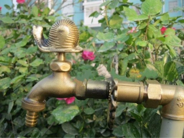 Decorative outdoor faucet rural animal shape garden Bibcock with ...