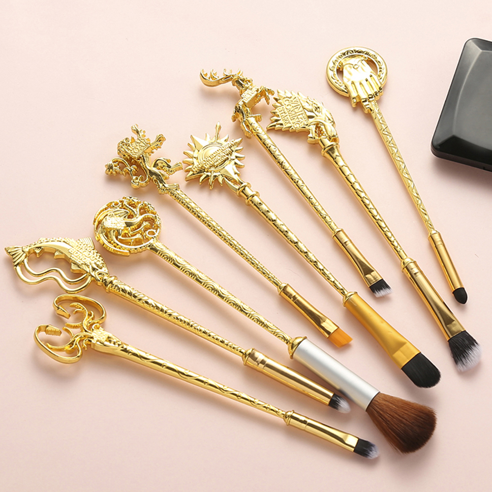 """8pc/Set Hot Game Of Thrones Makeup Brushes Set """"Winter Is Coming""""King's Hand/Badge/Fish/Lion/The Sun Makeup Cosmetic Brush Kit"""