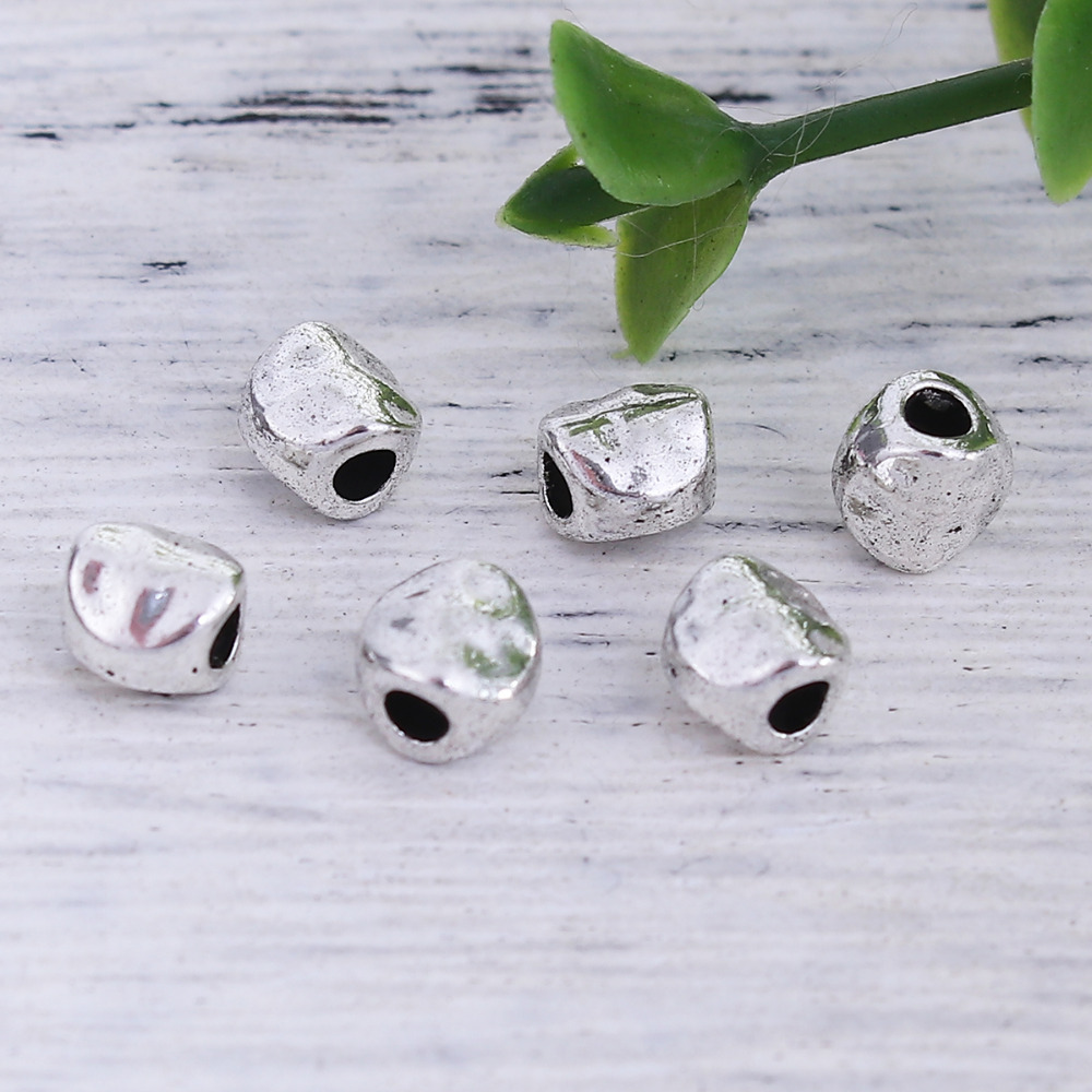 DoreenBeads Zinc Based Alloy Antique Silver Round Spacer Beads DIY Jewelry Components 5mm x 5mm, Hole: Approx 1.8mm, 200 PCs