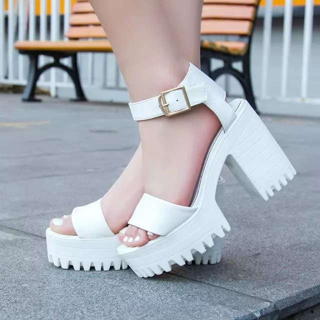 2017 Summer Women Sandal Shoes Woman Open Toe Square Heels High Heels Sandals Buckle Platform Sandalias Casual Women's Shoes  summer women sandals open toe matte shiny leather t strap buckle high heels platform sandalias mujer fashion shoes woman