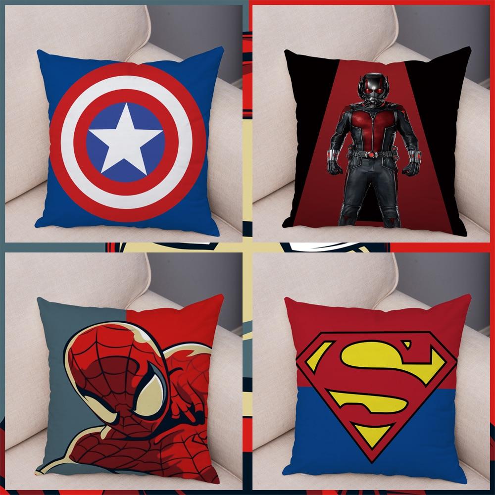 Capas de Almofadas em Pelúcia Tema Super Heróis Kids