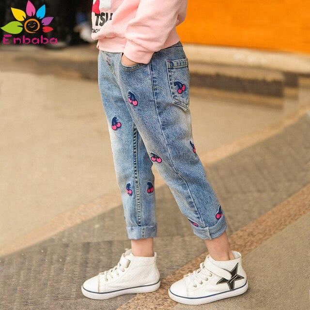 Enbaba девушки джинсы детские джинсы девушки брюки весна 2017 случайные новорожденных девочек распечатать вишневый джинсовой рваные джинсы детей брюки