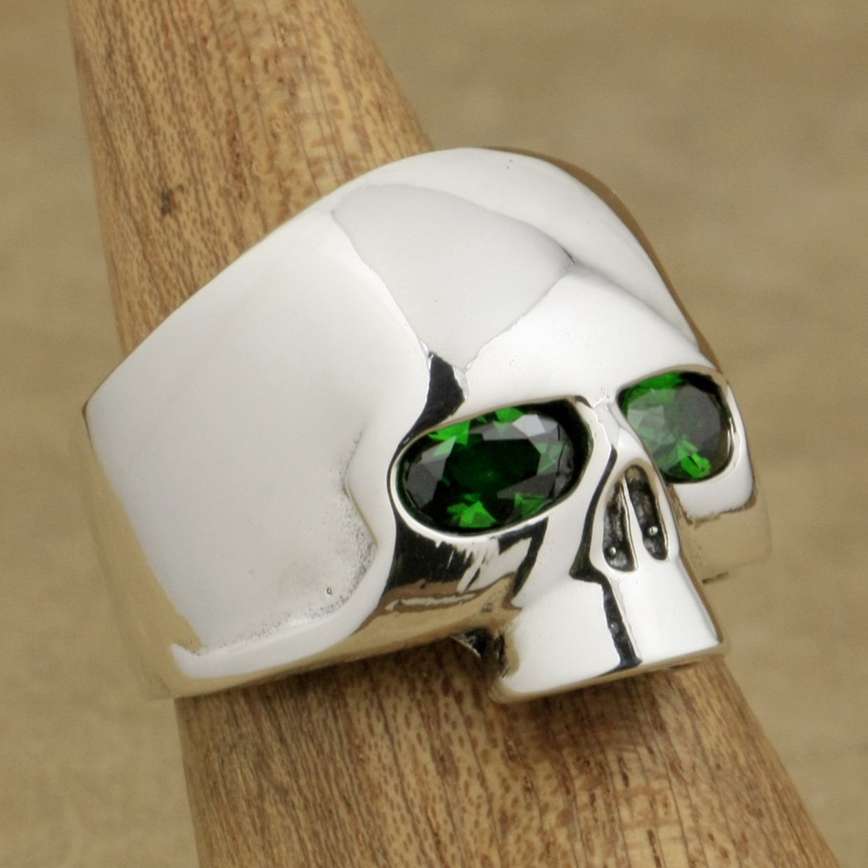 LINSION 925 Sterling Silver Polished Skull Ring Green CZ Eyes Mens Biker Rock Punk Style 9G503 US Size 7 to 15 green cz eye 925 sterling silver skull ring mens biker punk style 8v306a us 8 15