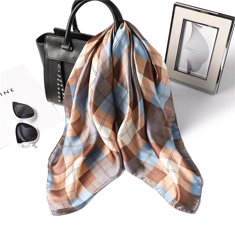 2020 New Summer Designer Brand Women Scarf Fashion Plaid Print Silk Scarves Square Small Size Hair Neck Bandana Shawls Foulard