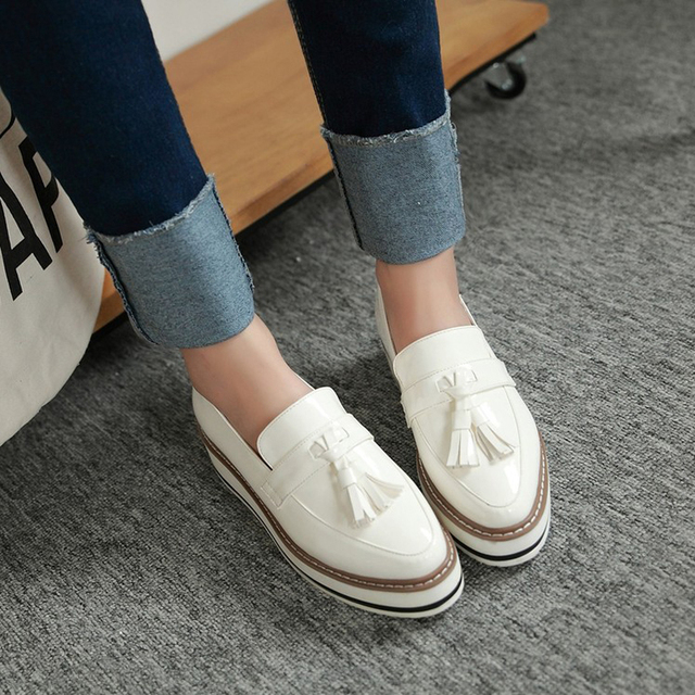 de1923f801e2 Flat Women Shoes Leather Tassel Platform Wedge Ladies Shoes White Slip On Loafers  Female Creepers Shoes For Women Zapatos Mujer