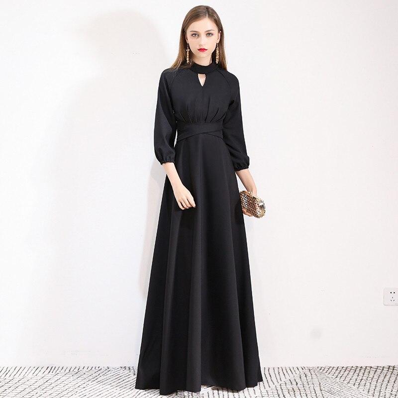 2019 New Black Long Formal Evening Dresses Zipper Half Sleeve Lace Sexy Backless Fashion Designer Formal Dress LYFY28