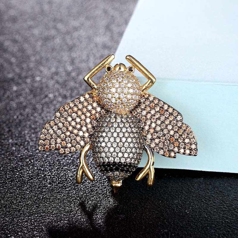 Zlxgirl Perhiasan Berkualitas Tinggi Kubik Zircon Karton Pria Bros Perhiasan Logam Tembaga Lebah Syal Pin Aksesori Fashion Bros Liontin