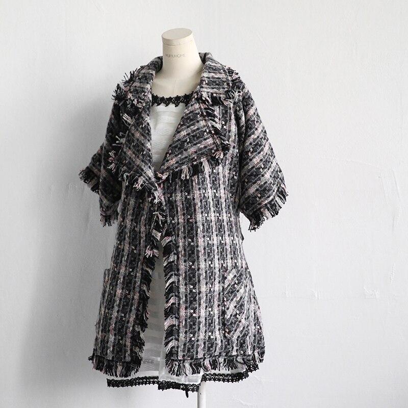 Women wool Jacket 2018 Women Autumn Winter New Plaid Long sleeve Large size Woolen Coat Women Medium Slim Outwear Jacket