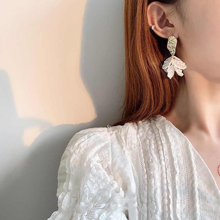 เกาหลีสีขาวกลีบดอกไม้ Drop ต่างหูสำหรับผู้หญิง 2019 New Statement pendientes เครื่องประดับอินเทรนด์