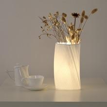 Creative своими руками белый керамика лампа украшены цветочный спальня ночники лампа современный минималистский гостиная обучение