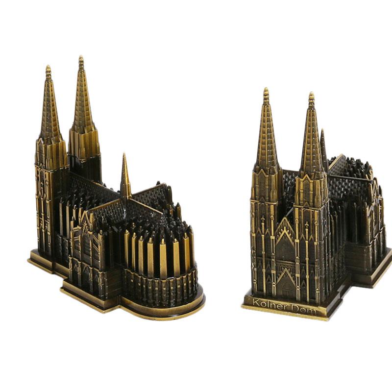 English & German Gothic Art: Style & Influences - Study.com