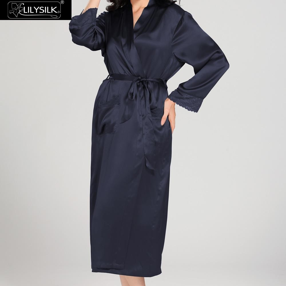 1000-navy-blue-22-momme-lace-long-silk-nightgown-&-dressing-gown-set-02